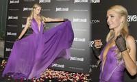 Paris Hilton diện váy xẻ sâu đẹp hút mắt giữa 'bão' huỷ hôn
