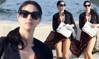 'Tượng đài nhan sắc Ý' Monica Bellucci trẻ đẹp, sexy ngỡ ngàng ở tuổi 54