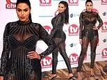 Sao truyền hình Anh quốc mặc xuyên thấu khoe body bốc lửa tại TV Choice Awards