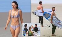 Bạn gái mặc bikini đẹp như mộng bên Liam Hemsworth