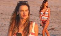 Cựu 'thiên thần nội y' Alessandra Ambrosio mặc áo tắm đẹp như mộng ở biển