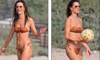 Cựu 'thiên thần nội y' Alessandra Ambrosio quá đẹp và quyến rũ ở biển