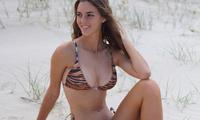 Sắc vóc gợi cảm 'gây thương nhớ' của nàng mẫu 18 tuổi Emily Feld