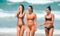 Siêu mẫu Alessandra Ambrosio khoe dáng đẹp như tạc tượng với bikini