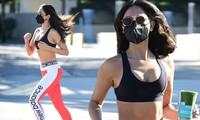 Mỹ nhân 'Fast & Furious' nóng bỏng với áo bra trên phố