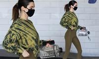 'Siêu mẫu đắt giá nhất thế giới' mặc legging dáng đẹp như tạc tượng trên phố