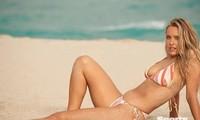 Siêu mẫu ngoại cỡ Camille Kostek nảy nở siêu gợi cảm với bikini