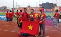 Lạch Tray thắp lửa nhiệt cuồng, cổ vũ Olympic Việt Nam xung trận