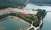 Toàn cảnh đại công trường trái phép chiếm đảo giữa vịnh Bái Tử Long