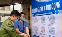 'Biến' lốp xe thành bồn rửa tay công cộng chống COVID-19