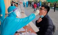 Người tiêm đủ 2 mũi vắc xin vẫn không được vào Quảng Ninh