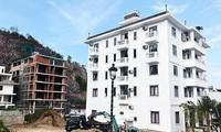 'Cắt ngọn' hàng chục biệt thự xây trái phép ở Nha Trang