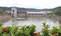 Đập thủy điện Cảnh Hồng, Vân Nam, Trung Quốc. Ảnh: Trúc Quỳnh.