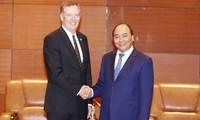 Ngày 20/5 tại Hà Nội, Thủ tướng Nguyễn Xuân Phúc tiếp Trưởng đại diện Thương mại Mỹ Robert Lighthizer. Ảnh: TTXVN.