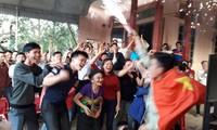 Làng Bào vui với chiến thắng của đội tuyển.