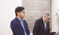 Đại diện GrabTaxi tại tòa. Ảnh: Tân Châu.