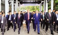 Chủ tịch nước Trần Ðại Quang và các lãnh đạo kinh tế APEC 2017.