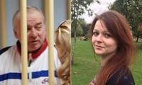Ông Skripal và con gái Yulia. Ảnh: Getty Images.
