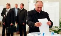 Số người ủng hộ ông Putin gấp gần 10 lần ứng viên sát nút