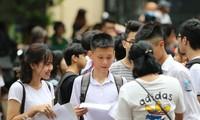Trên 80% bài thi môn Toán vào lớp 10 tại Hà Nội đạt điểm trên trung bình, trong khi gần một nửa thí sinh bị điểm dưới trung bình môn Ngoại ngữ
