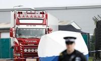 Hình ảnh tái hiện vụ 58 người Trung Quốc chết ngạt trong một chiếc xe tải ở Anh năm 2000