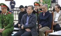 Bị cáo Nguyễn Bắc Son tại tòa ngày 20/12 Ảnh: Như Ý