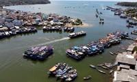 Đây là thời điểm vàng để người Việt du lịch, khám phá vẻ đẹp đất nước. Ảnh: HOÀNG MẠNH THẮNG