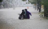 Hôm nay mưa đặc biệt to từ Hà Tĩnh đến Quảng Bình
