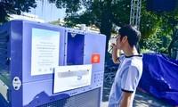 Công nghệ tự động tạo nước uống từ...không khí