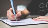 Không phải laptop hay điện thoại, giấy bút truyền thống mới là cách giúp ghi nhớ lâu nhất