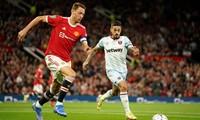 Thiếu Ronaldo, MU bị loại xấu hổ tại đấu trường cúp Liên đoàn
