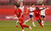 Bóng đá nữ Olympic: Mỹ thua sốc, Canada lần đầu vào chung kết