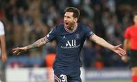 Messi ghi bàn ra mắt, PSG hạ đẹp Man City