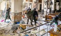 Quang cảnh đổ nát bên trong nhà thờ St Anthony ở Kochchikade, Colombo sau vụ đánh bom