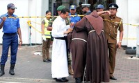 Các giáo sĩ được bảo vệ nghiêm ngặt sau khi xảy ra vụ việc. Thống kê cho thấy, số nạn nhân thiệt mạng và bị thương trong vụ đánh bom nhà thờ, khách sạn tại Sri Lanka đã lên đến hơn 100 người