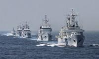 Quân đội Ấn Độ, đặc biệt là các lực lượng an ninh và cảnh sát biển đã được đặt trong tình trạng báo động cao, sau vụ đánh bom đẫm máu tại Sri Lanka