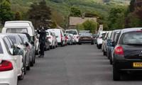 Tình trạng tắc đường đã xảy ra trên đường đến các địa điểm du lịch tại Anh.