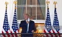 Báo Mỹ không cử phóng viên theo ông Trump vì sợ COVID-19