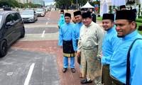 Bức ảnh được bố chú rể đăng tải trên Facebook cá nhân. Ảnh: Tengku Adnan.
