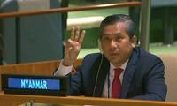 Đại sứ Myanmar trong phiên họp ngày 26/2 (Ảnh: Reuters)