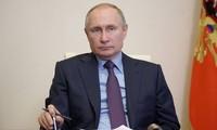Hạ viện Nga thông qua dự luật cho phép ông Putin tái tranh cử