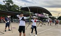Phi Vũ, Ánh Nguyệt tại trường bắn Olympic Tokyo 2020. Ảnh: Thu Sâm/Đoàn TTVN