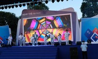 """Ca sĩ Đức Phúc biểu diễn tại """"Ngày thẻ Việt Nam 2020-Sóng Festival"""""""