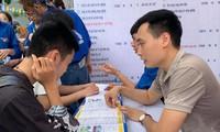 Các trường tư vấn tuyển sinh năm 2020Ảnh: Nghiêm Huê