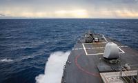 Tàu USS John McCain của Mỹ trong một lần hiện diện ở biển Đông. Ảnh: US Navy
