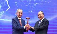 Thủ tướng Nguyễn Xuân Phúc chuyển giao búa Chủ tịch ASEAN cho Đại sứ Brunei tại Việt Nam
