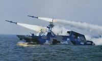 Tàu hải quân Trung Quốc tập trận bắn đạn thật trên biển Đông