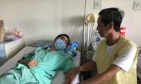 Thầy giáo Danh Văn đang điều trị tại Bệnh viện Chợ Rẫy