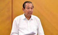 Tổng kho hàng lậu ở Lào Cai lợi nhuận khủng nhờ bán hàng qua mạng. Ảnh: PV