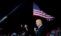 Trong cuộc vận động cử tri tối 19/9, ông Trump hứa sẽ tìm một phụ nữ thay thế bà Ginsburg. Ảnh: NYT